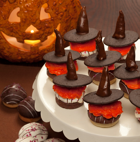 witch hat mini cupcakes